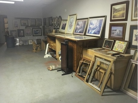 Indoor Flea Market  at 202 10th Ave E Sprigfield